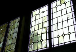 rams-woerthe-glas-in-lood-reparatie-500x346