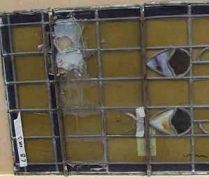 achterstallig onderhoud aan glas-in-lood