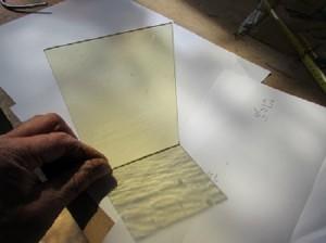 glas-voor-lood-mondgeblazen-echt-antgiekglas-lamberts-500x374